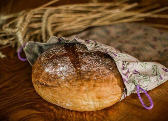 Pytlik-na-kulaty-chleba-levandule